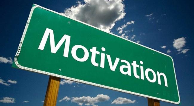 La motovation est souvent quelque chose de difficile à conserver sur le long terme. On a toujours des passes de haut et de bas et ces dernières souvent cassent notre motivation ce qui amène malheureusement la plupart du temps à l'échec. Cependant, il est possible de contrer cela en travaillant notre mental régulièrement.